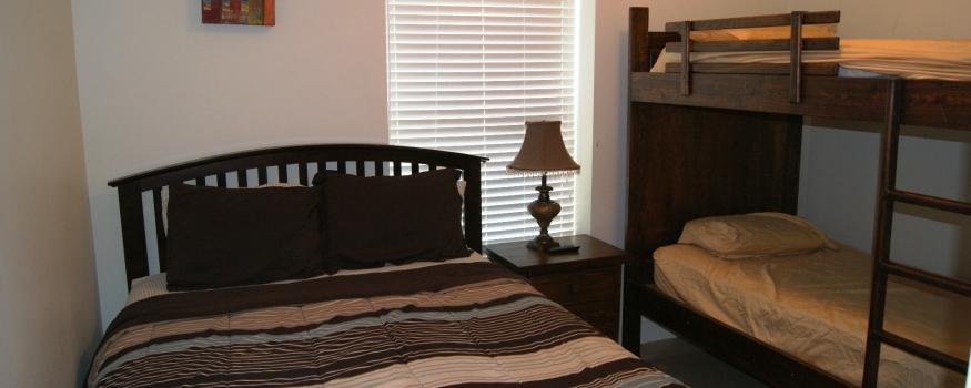 3 Bedroom rates sleeps 8 or 9*